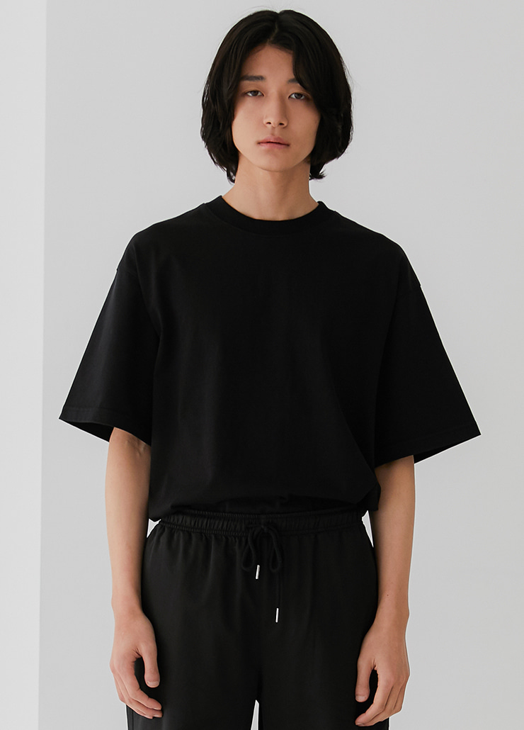 ESSENTIAL T-SHIRTS (BLACK)